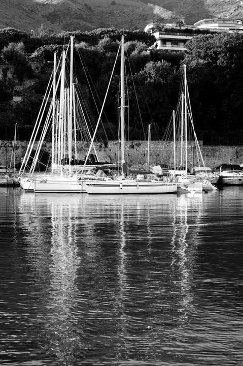 #blackandwhite#summer#sun#boats#sea#afternoon