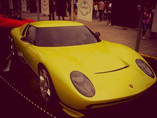 Old School Lamborghini Miura